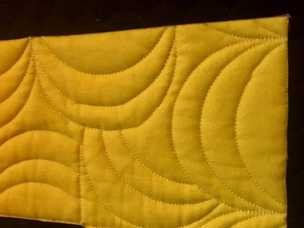 NYC wall hanging scallop close up, by Marijke Vroomen Durning, MyCreativeQuilts.com