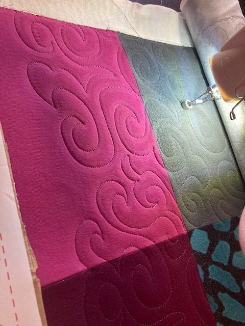Quilting memory quilts on longarm